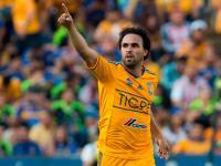 Enrique Esqueda na testach w Arce